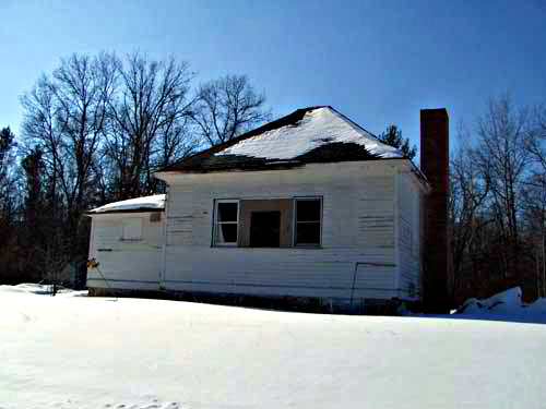 old-school-house-none-019-small